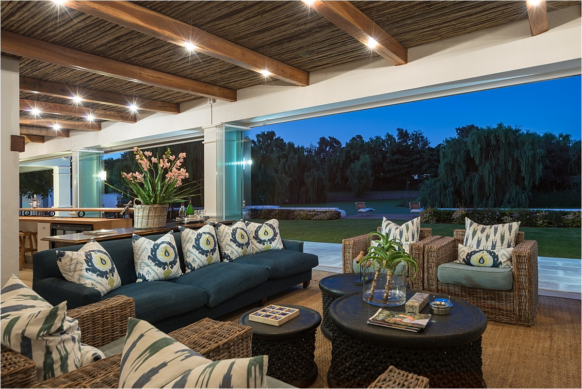lounge, outdoor patio