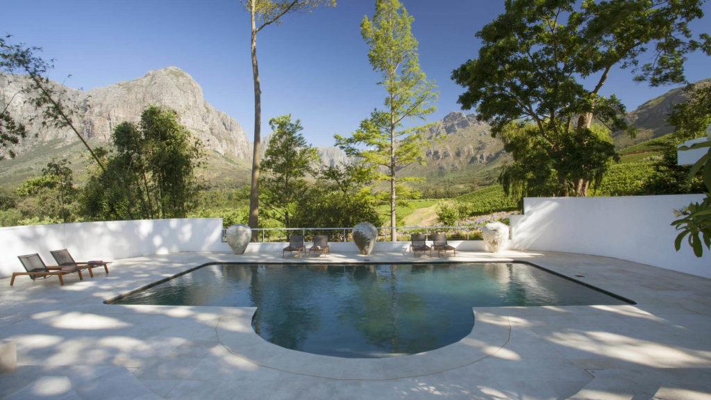 oldenburg_manor_house_swimming-pool